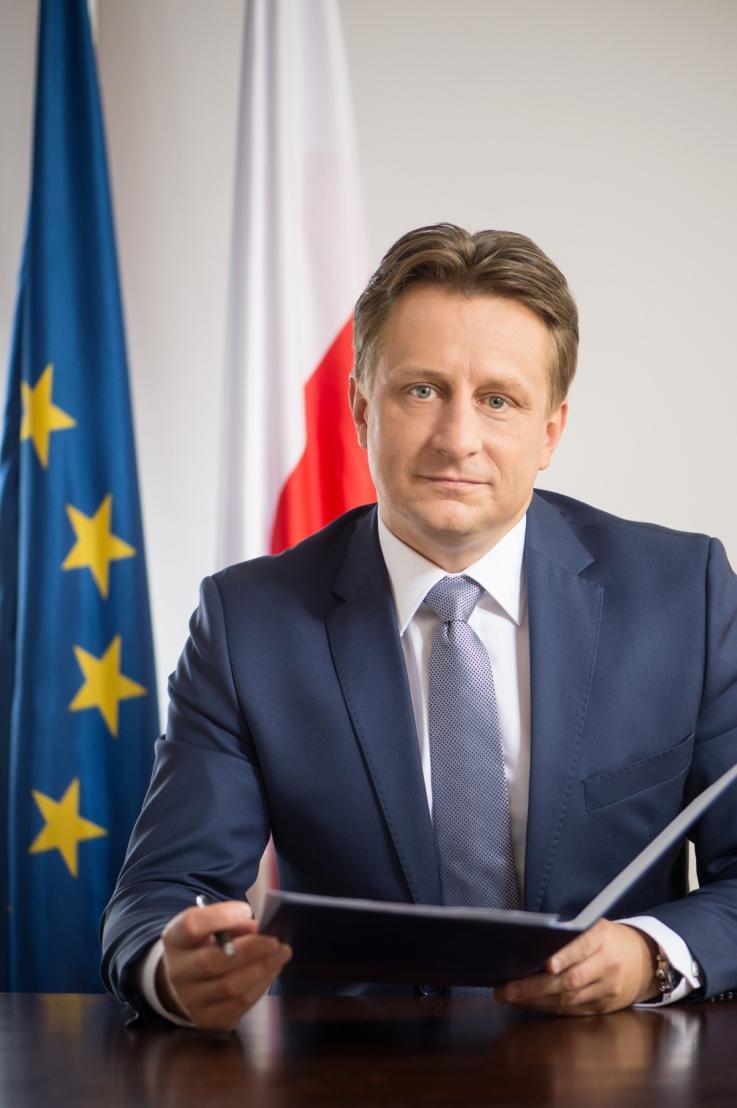 Minister Krzysztof Szubert - małe
